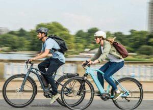 chi-puo-guidare-monopattino-e-bici-elettrica